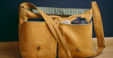 entrepreneur shoulder bag